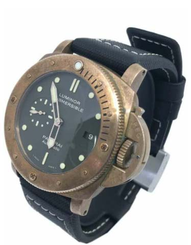 Panerai Luminor Submersible watch